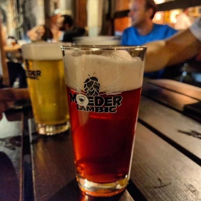 cerveza belga moeder lambic