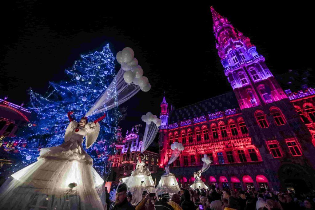 Visitar la Grand Place de Bruselas en Navidad