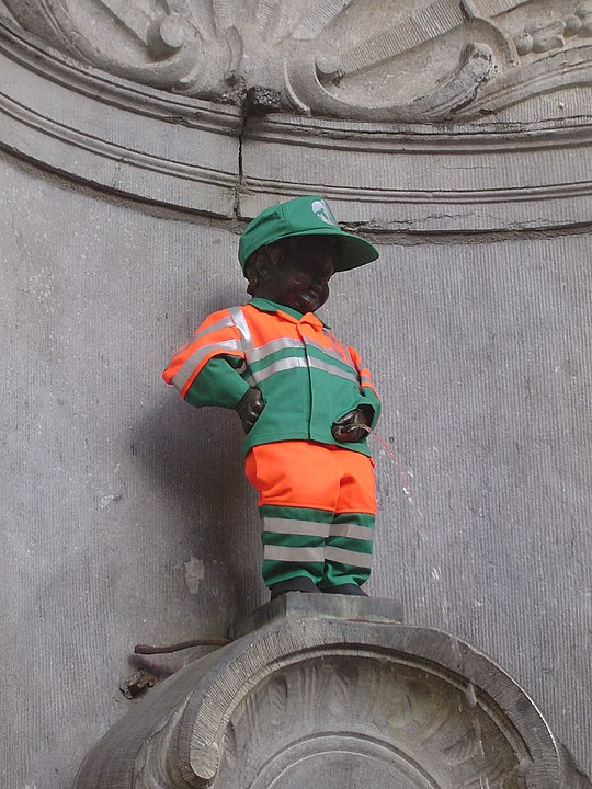 Manneken Pis en bruselas dustman